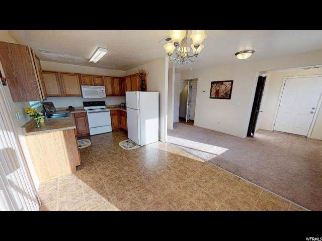 689 E 1400 S, Vernal, UT 84078 (#1634880) :: Doxey Real Estate Group