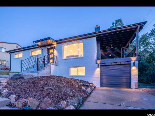 2242 E Castle Hill Ave, Cottonwood Heights, UT 84121 (#1635080) :: Colemere Realty Associates