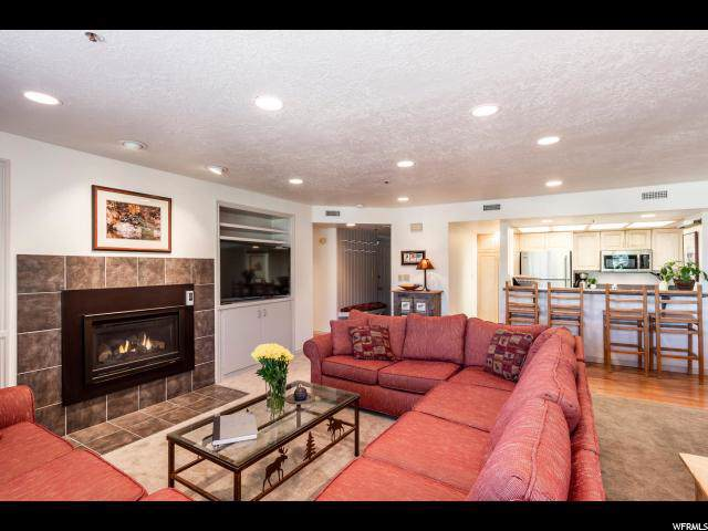 1313 Woodside Ave D, Park City, UT 84060 (#1635210) :: Doxey Real Estate Group