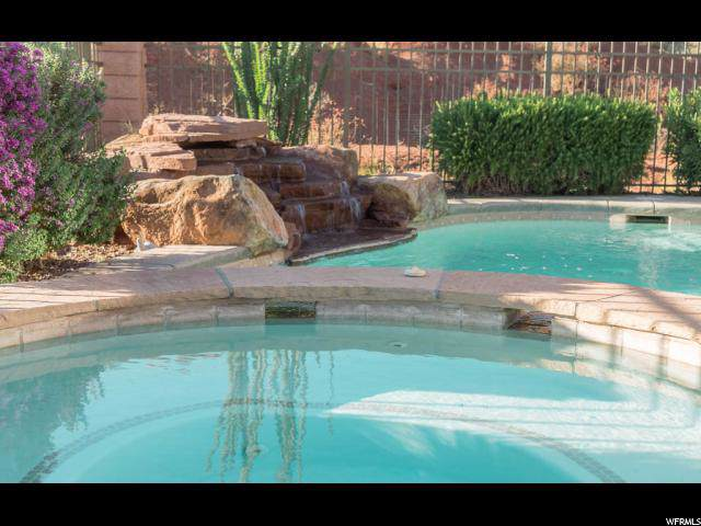 2329 N Prospector Ln, Washington, UT 84780 (#1635235) :: Keller Williams Legacy