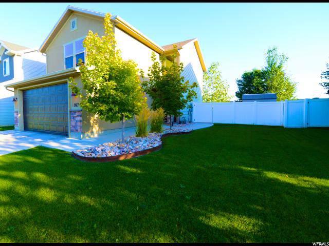 977 W Farnham Dr., North Salt Lake, UT 84054 (#1635752) :: The Canovo Group