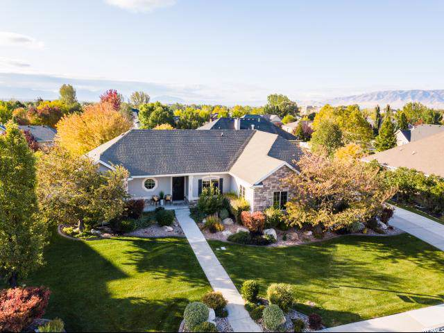 1363 W 2180 N, Pleasant Grove, UT 84062 (#1636082) :: goBE Realty