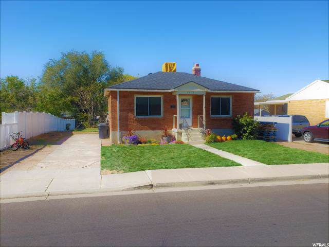 1619 N 250 W, Clearfield, UT 84015 (#1636537) :: Red Sign Team