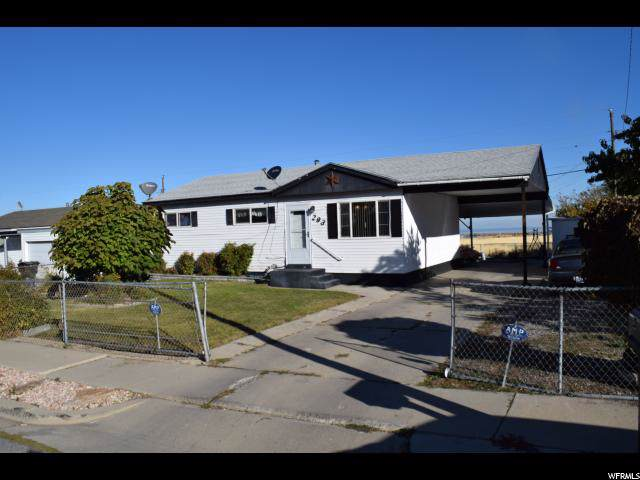 293 E Valley View Dr N, Tooele, UT 84074 (#1636647) :: Colemere Realty Associates