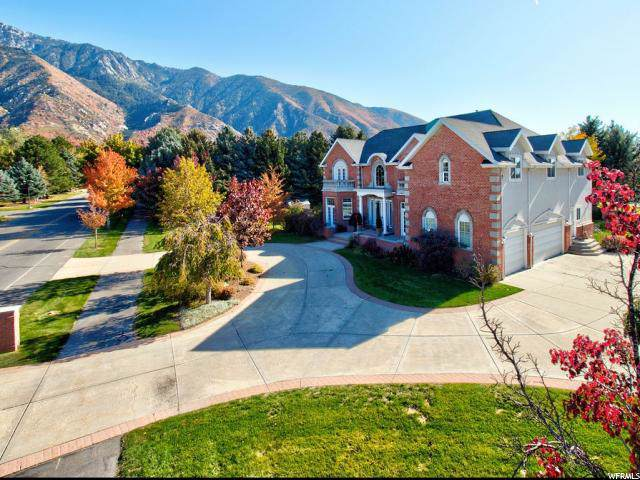 2296 E Pepperwood Dr, Sandy, UT 84092 (#1637195) :: Colemere Realty Associates