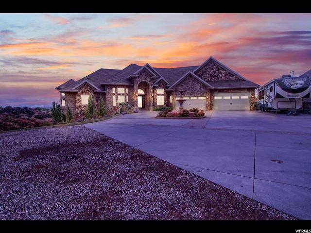 2152 E Canyon View Dr, Layton, UT 84040 (#1637299) :: Red Sign Team