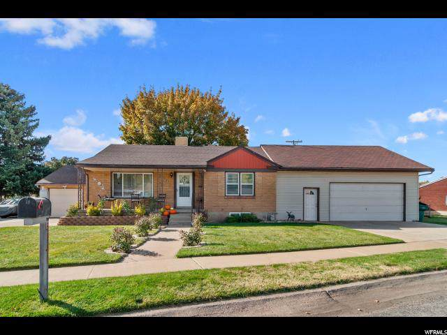 5141 S 2175 W, Roy, UT 84067 (#1637618) :: Doxey Real Estate Group