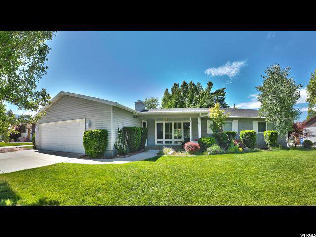 1930 Southmoor Dr, Holladay, UT 84117 (#1637684) :: Colemere Realty Associates