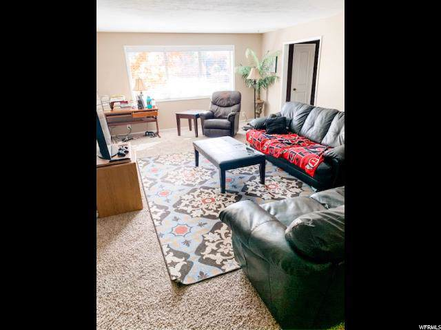 2223 E Carriage Ln #46, Holladay, UT 84117 (#1637957) :: Colemere Realty Associates