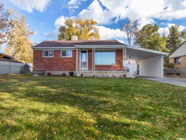 3946 S 2275 W, Roy, UT 84067 (#1638310) :: Doxey Real Estate Group