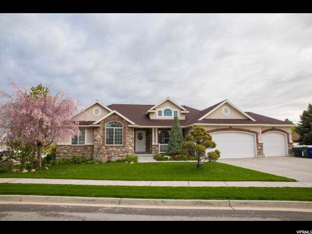 5208 W Holder Dr, West Valley City, UT 84120 (#1638407) :: Colemere Realty Associates