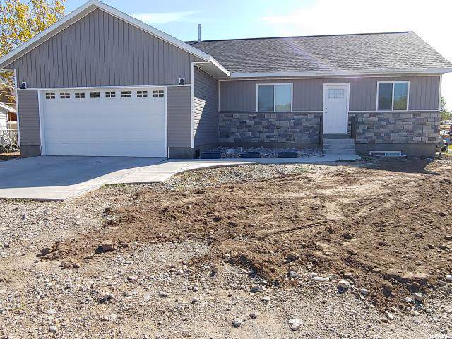 337 W 200 N, Santaquin, UT 84655 (#1638532) :: The Fields Team