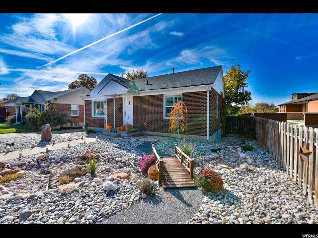 2620 S 2000 E, Salt Lake City, UT 84109 (#1638913) :: Keller Williams Legacy
