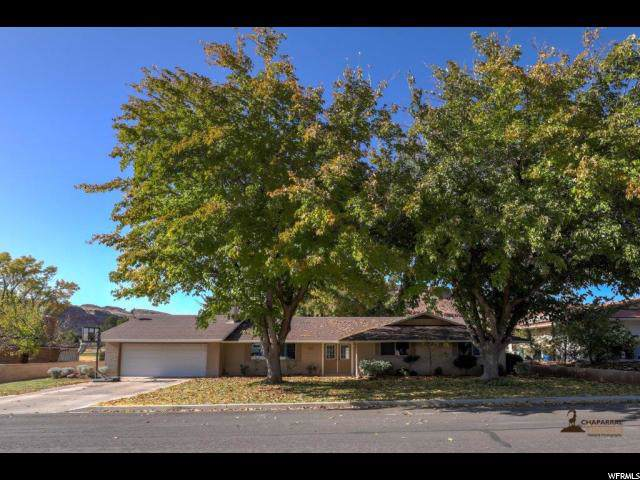 1140 Wesley Powell Dr, St. George, UT 84790 (#1640158) :: The Fields Team