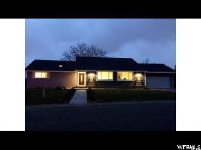 4580 S Sycamore Dr E, Holladay, UT 84117 (#1640218) :: Colemere Realty Associates