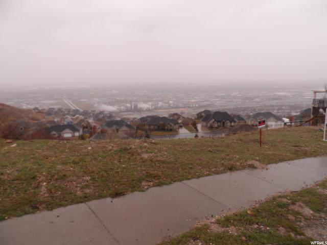 498 Lofty Ln, North Salt Lake, UT 84054 (#1640823) :: Doxey Real Estate Group