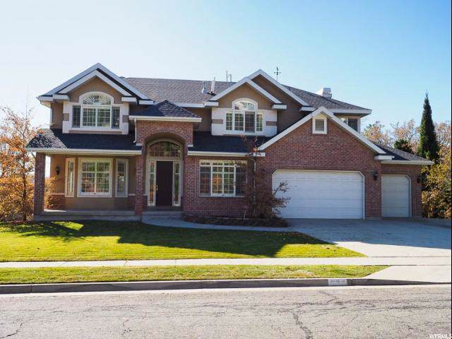 2606 E Chalet Cir S, Cottonwood Heights, UT 84093 (#1641108) :: Action Team Realty