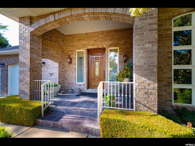 1954 Arapaho Cir, Ogden, UT 84403 (#1641890) :: RE/MAX Equity