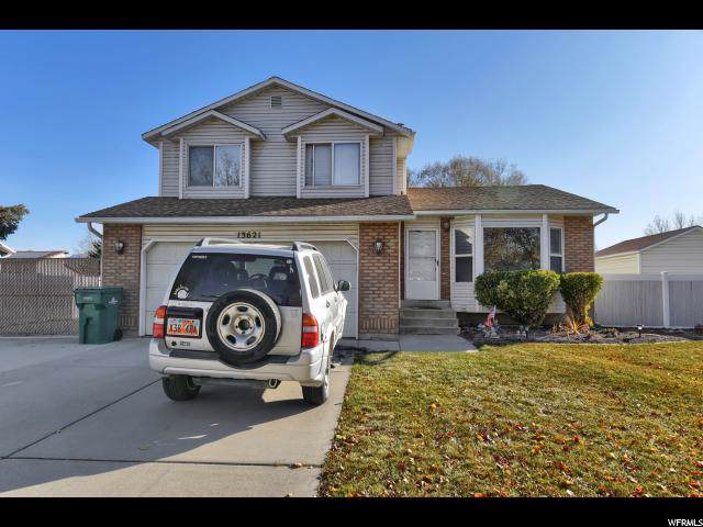 13621 S Homestead Ln, Riverton, UT 84065 (#1642084) :: Colemere Realty Associates