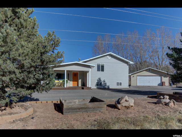 3885 Spanish Valley Dr, Moab, UT 84532 (#1642422) :: Red Sign Team