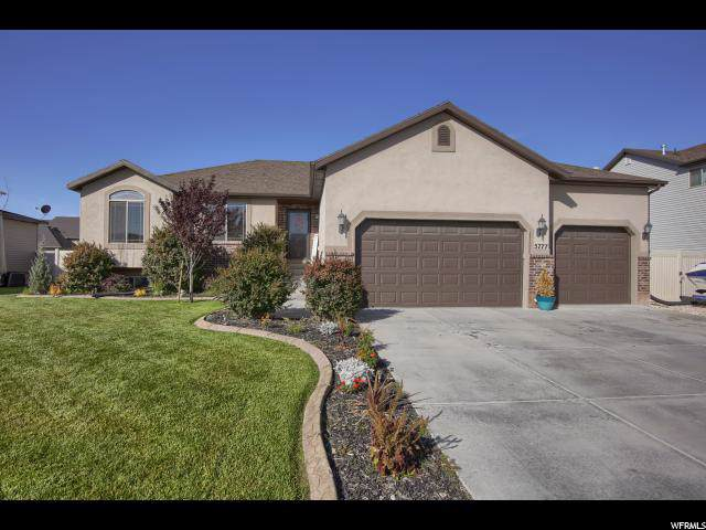 5777 S 4525 W, Hooper, UT 84315 (#1642889) :: Doxey Real Estate Group