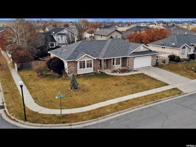 3562 S 550 W, Syracuse, UT 84075 (#1643135) :: Keller Williams Legacy