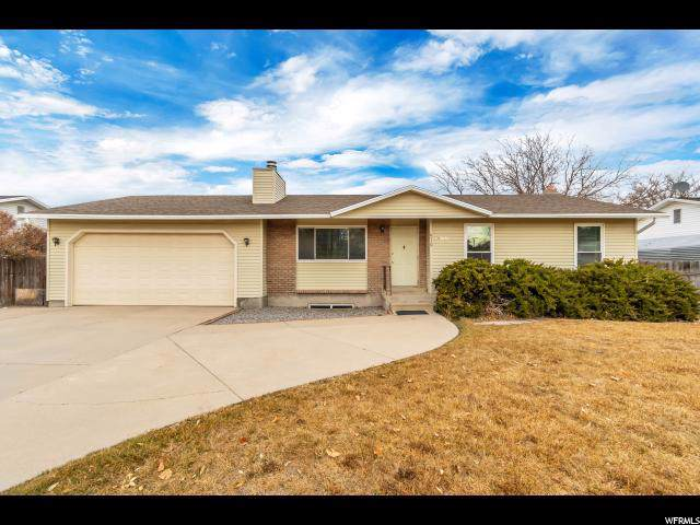 6110 W Wending Ln, West Valley City, UT 84128 (#1643201) :: Colemere Realty Associates