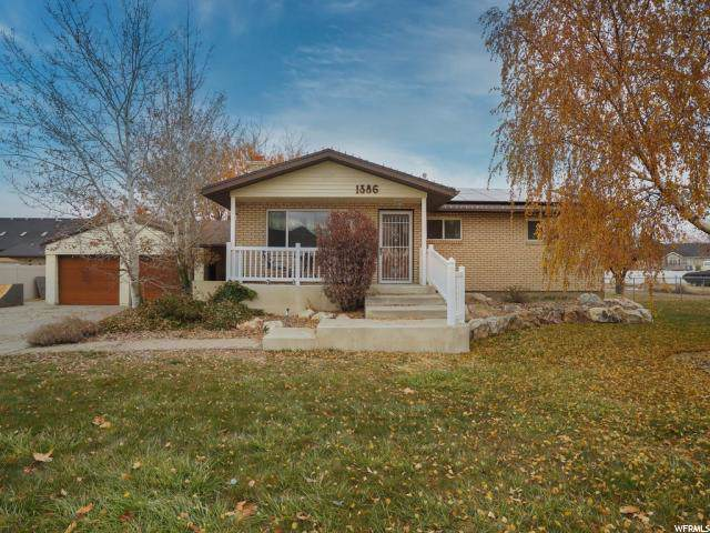 1386 W 2700 S, Syracuse, UT 84075 (#1643561) :: Doxey Real Estate Group