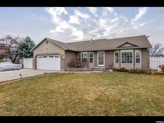 7514 S Misty Hollow Way W, West Jordan, UT 84084 (#1644050) :: Doxey Real Estate Group
