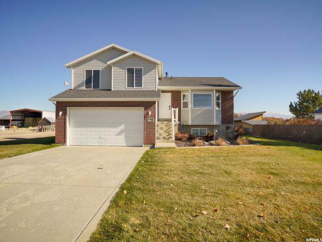 5750 S 5500 W, Hooper, UT 84315 (#1644173) :: Doxey Real Estate Group