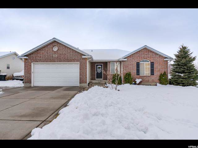 1447 N 1050 W, Clinton, UT 84015 (#1644372) :: Doxey Real Estate Group