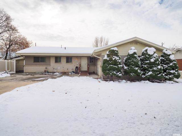 1134 E Manor Cir, Millcreek, UT 84124 (#1644743) :: Red Sign Team