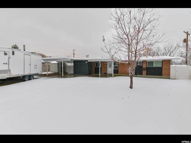 8848 W Julia Cir, Magna, UT 84044 (MLS #1644800) :: Lawson Real Estate Team - Engel & Völkers