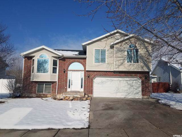 922 E 1450 N, North Ogden, UT 84404 (#1644945) :: The Fields Team