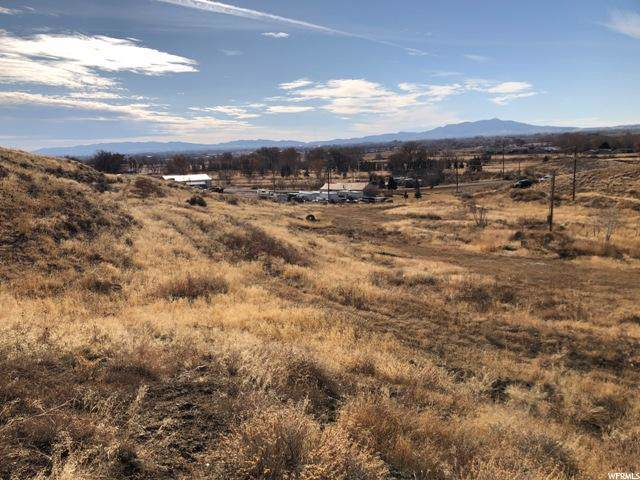 3254 N 500 E, Vernal, UT 84078 (#1645043) :: RISE Realty