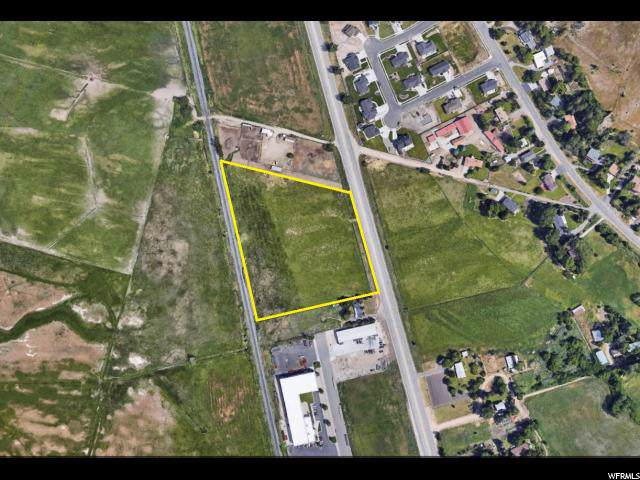 3877 N Highway 89, Pleasant View, UT 84414 (#1645071) :: RISE Realty