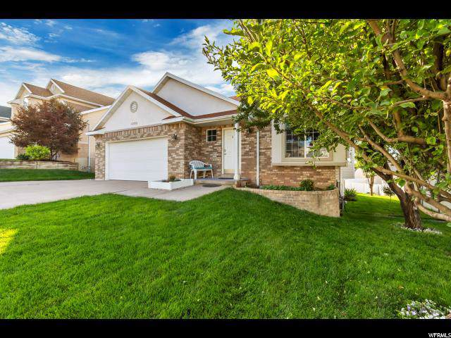 1252 E 3075 N, Layton, UT 84040 (#1645532) :: Big Key Real Estate