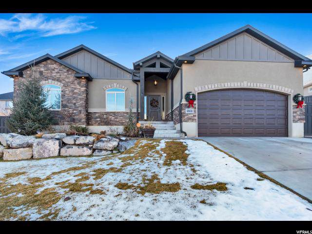 3902 E Hollow Crest Dr, Eagle Mountain, UT 84005 (#1645789) :: Doxey Real Estate Group