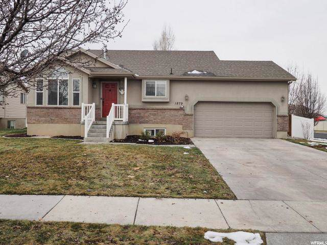 1879 N 2595 W, Clinton, UT 84015 (#1645956) :: Doxey Real Estate Group
