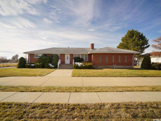 3290 S 1000 W, Syracuse, UT 84075 (#1645977) :: Doxey Real Estate Group