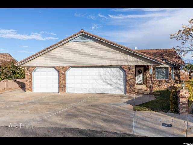 1131 E Twin Cir., St. George, UT 84790 (#1646114) :: Bustos Real Estate | Keller Williams Utah Realtors