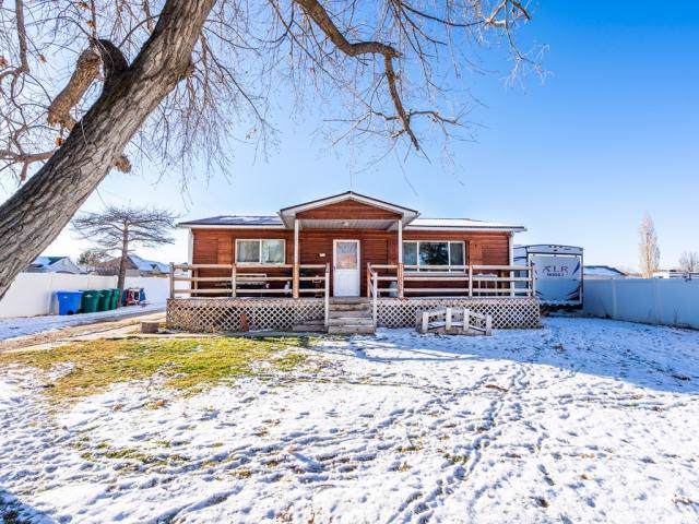 12262 S 3600 W, Riverton, UT 84065 (#1646646) :: Colemere Realty Associates