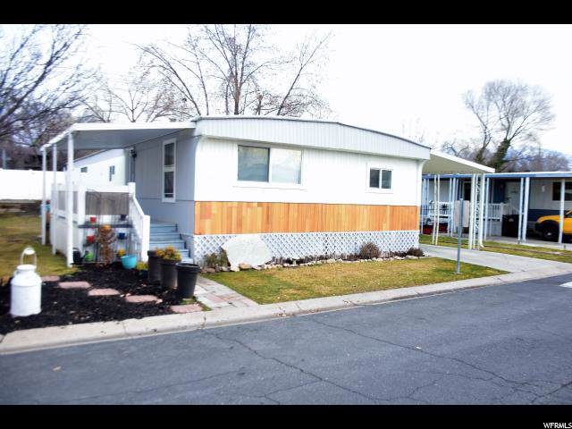 5241 Encino St E, Salt Lake City, UT 84117 (#1646677) :: goBE Realty