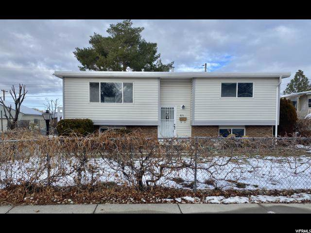 821 E Bonneville Way N, Tooele, UT 84074 (#1648113) :: Red Sign Team