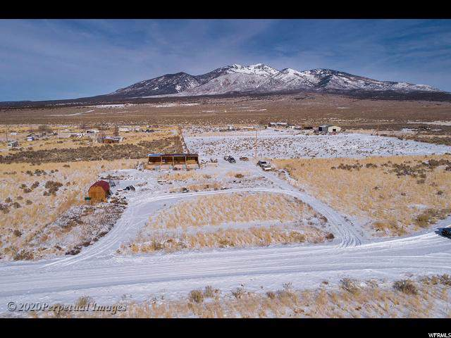 97 Madison Ave, La Sal, UT 84530 (#1648467) :: Doxey Real Estate Group
