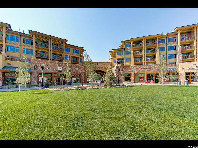 3720 N Sundial Ct C401, Park City, UT 84098 (#1648809) :: Doxey Real Estate Group