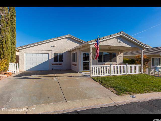 1050 W Red Hills Pkwy #122, Washington, UT 84780 (#1649267) :: Doxey Real Estate Group