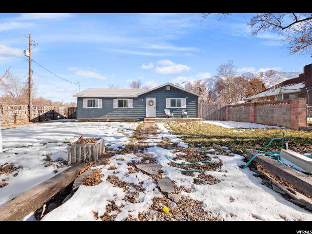 42 N Center St, Santaquin, UT 84655 (#1649867) :: Doxey Real Estate Group