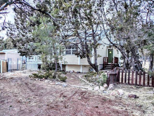 203 N Matt Dillon Trl, Central, UT 84722 (#1650025) :: Doxey Real Estate Group