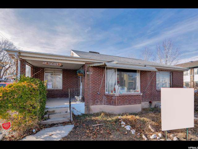 11112 S Redwood Rd W, South Jordan, UT 84095 (#1650086) :: Colemere Realty Associates
